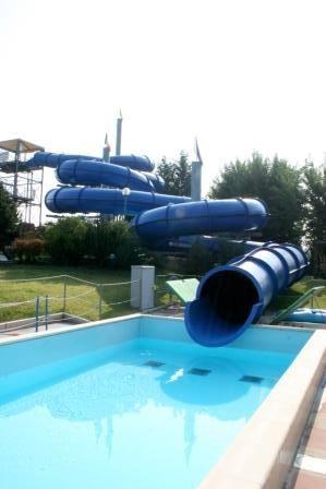 Attivit azzurra piscine scandiano - Piscina azzurra scandiano ...