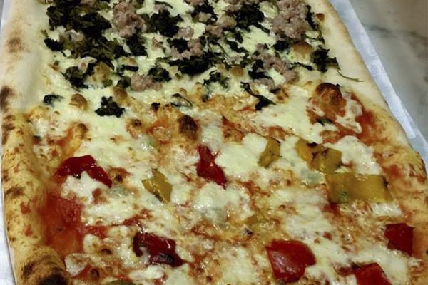Gran Menù con 1/2 Metro di pizza per due
