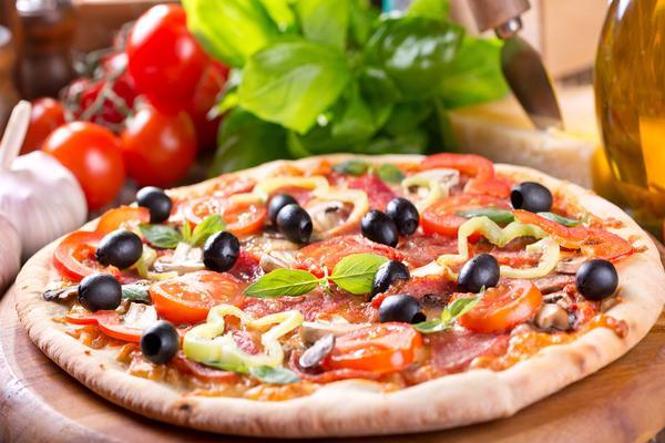 Menù con 1/2 Metro di Pizza per Due!