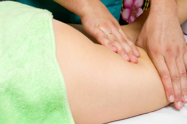 Visita posturale + massaggio miofasciale