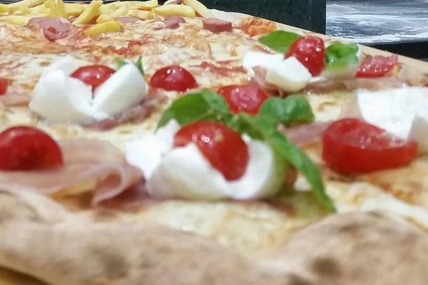 Super menù per due con pizza 1/2 Metro!