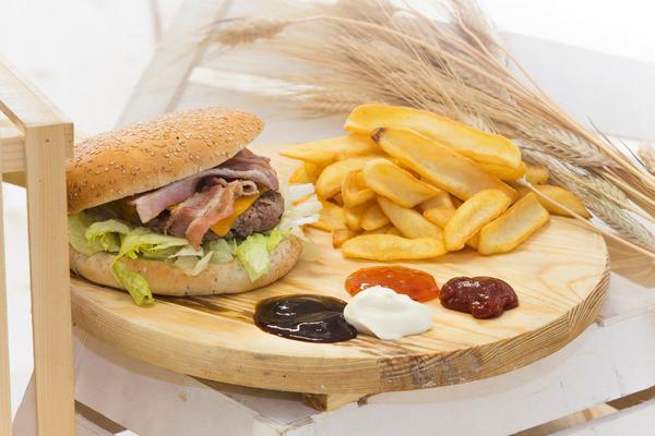 Menù Hamburger per 2 a Domicilio!