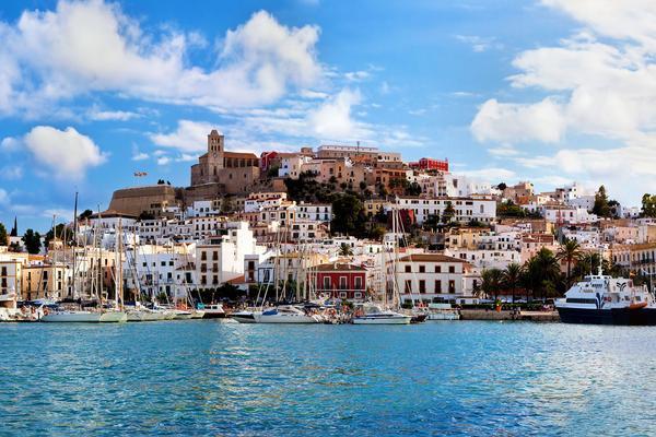 Divertiti nel cuore di Ibiza