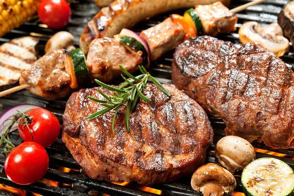 Gran menù con grigliata di carne!