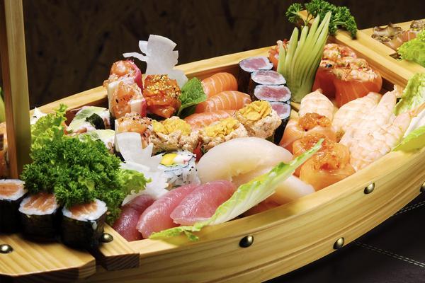 Pranzo a base di sushi... per 2!